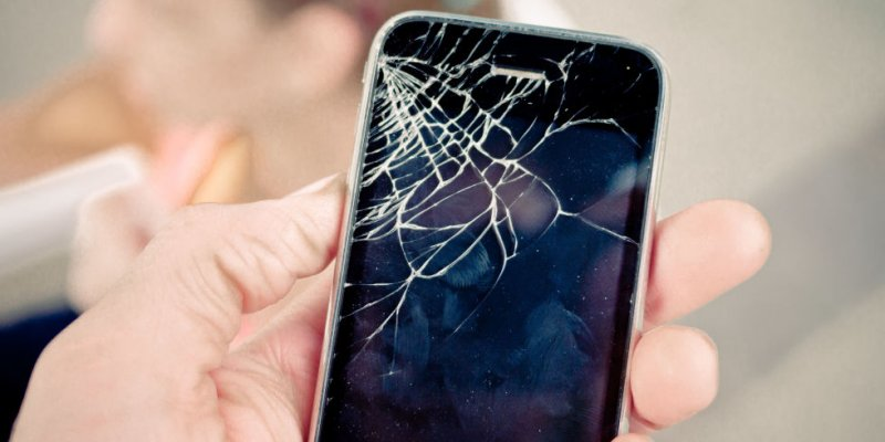 5 Life Hacks to Remedy a Cracked Smartphone Display - NetSmarter.com